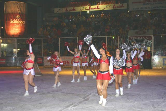 21.01.2005 - DEG Silver Stars und Magic Angels bei der DEG in ...